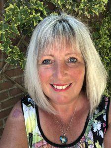 Loopbaancoach Deventer, Iris Lenderink professioneel astroloog levert vervulling levensmissie